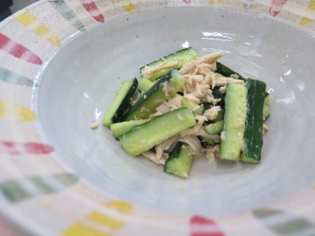胡瓜と蒸し鶏のピリ辛和え